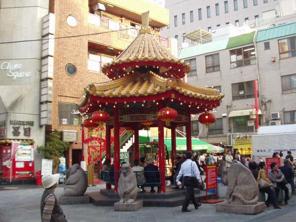 神戸の中華街。今日は通過