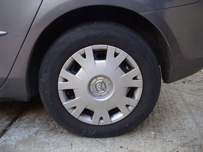 オリジナルタイヤ。太くて走りやすい